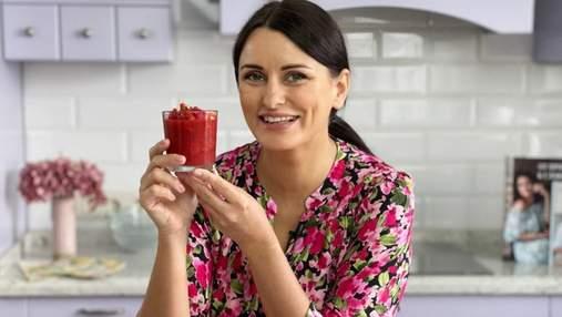 Улюблений десерт дітлахів: рецепт полуничного желе з лаймом від Лізи Глінської