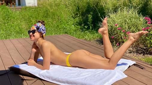 Экс-жена Дзидзьо позагорала топлес: эротическое фото без бюстгальтера