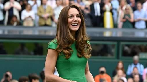 Кейт Міддлтон після самоізоляції з'явилась на публіці в елегантній сукні