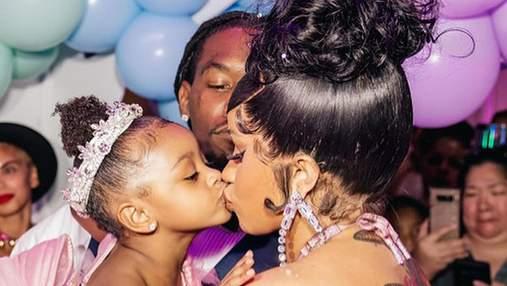 Вагітна Cardi B влаштувала вечірку в стилі Disney для 3-річної доньки: фантастичні фото
