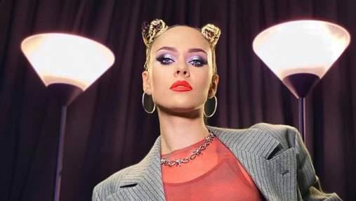 Юлия Санина показала соблазнительный концертный образ: эффектные фото