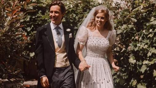 Муж принцессы Беатрис очаровал снимком пары в годовщину свадьбы
