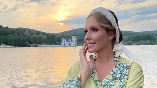 Катя Осадча підкорила образом у вишитій сукні за 76 тисяч гривень
