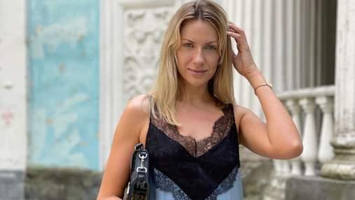 Леся Никитюк показала нежный образ: фото в голубом платье и без макияжа