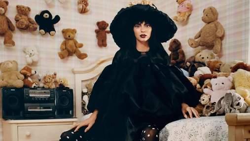 Кендалл Дженнер снялась для глянца Vogue с мишками в странных образах: фото
