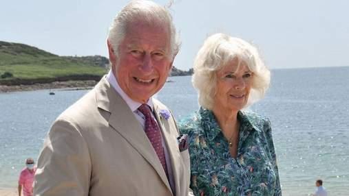 По случаю 74-летия Камиллы: как принц Чарльз с женой путешествовали по Великобритании