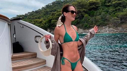 Мисс Украина Олеся Стефанко засветила подтянутое тело в бикини: фото на яхте
