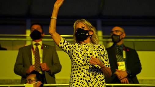 Джилл Байден посетила церемонию открытия Олимпиады-2020: фото изысканного образа