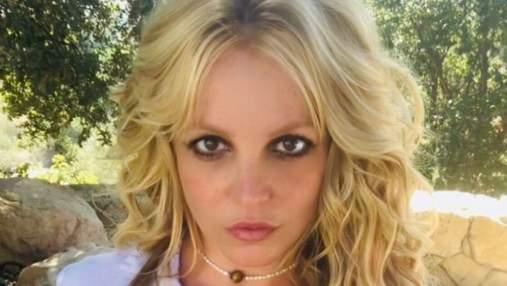 Бритни Спирс взбудоражила cеть фото, где показала обнаженную грудь