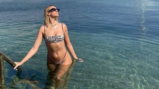 Леся Нікітюк сексуально позувала в Чорногорії: фото у купальнику