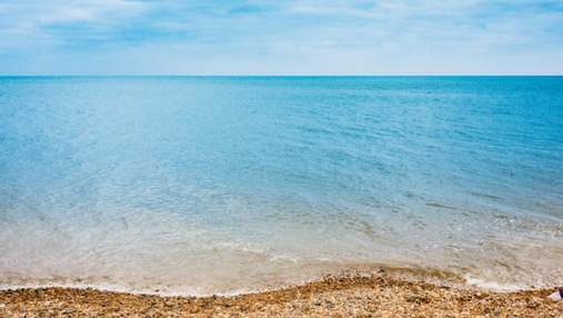 Медузы наконец отступили: туристы показали чистое море и пляжи на популярных курортах Украины