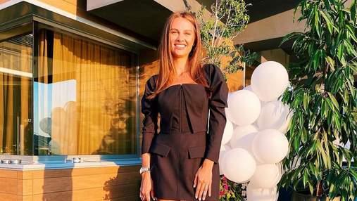 Дружина Григорія Решетника вразила образом у чорній мінісукні: фото