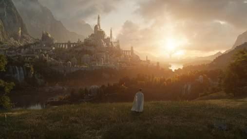 """Amazon показала неймовірний перший кадр із серіалу """"Володар перснів"""" і оголосила дату прем'єри"""