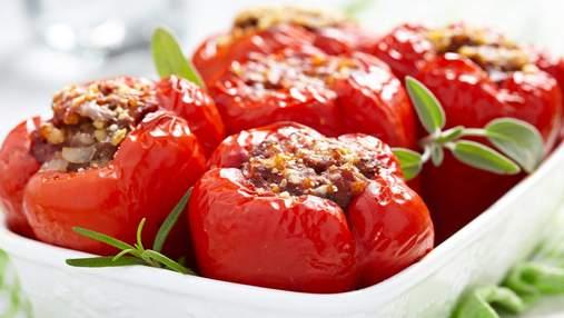 Найкраще смакує з курочкою та рисом: рецепт фаршированого болгарського перцю в духовці