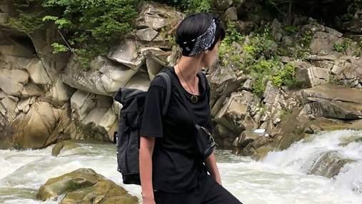 Солистка Go_A отдыхает в Карпатах: эффектные фото из отпуска