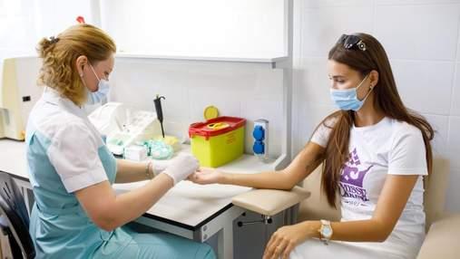 """Представительницы """"Мисс Украина"""" сдали кровь для детской больницы """"Охматдет"""""""