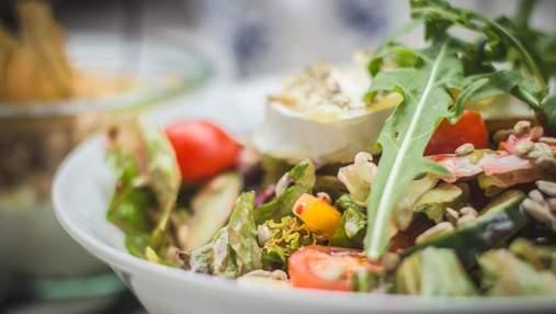 Легкий салат з кавуном, томатами та фетою: рецепт від шеф-кухаря
