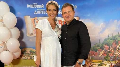 Катя Осадчая и Юрий Горбунов на премьере фильма: фото нового выхода звездной пары