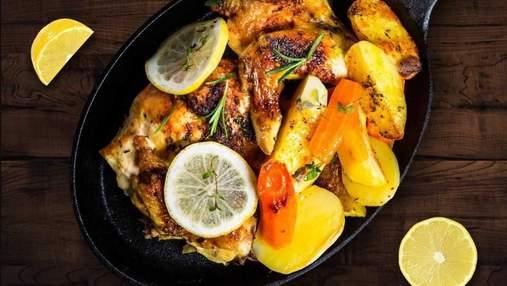 Ідеальний обід для родини: запечена курка з лимоном за рецептом шеф-кухаря