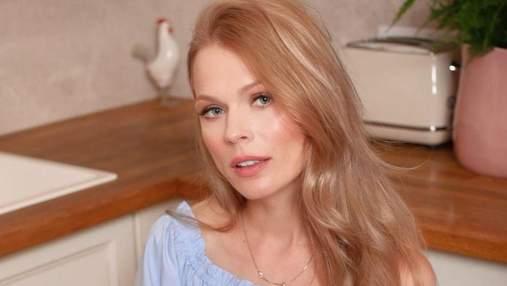 Ольга Фреймут поздравила с Яблочным Спасом: фото ведущей без макияжа