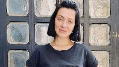 З чубчиком і рудим волоссям: Сніжана Бабкіна поділилась рідкісними архівними фото