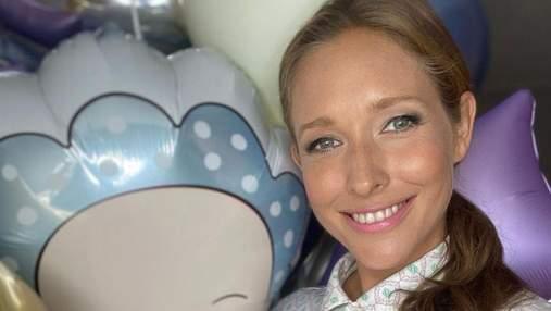 Катя Осадча показала, як годує малюка грудьми: фото з пологового будинку
