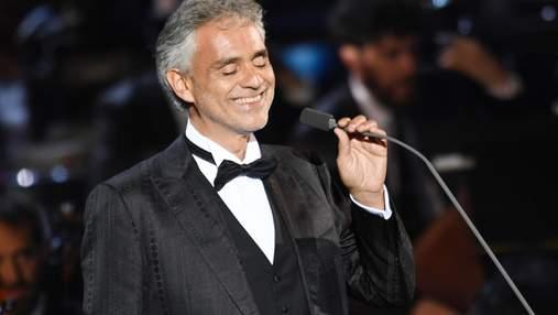 Андреа Бочеллі заспівав на концерті до Дня Незалежності: вражаючі фото