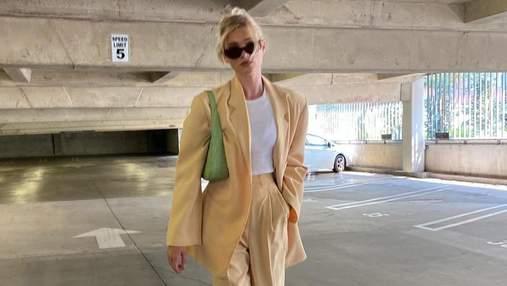 Эльза Хоск показала безупречный лимонный костюм, который можно надеть этим летом: стильный образ