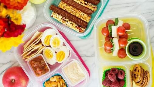 Актуальні перекуси до школи: вівсяні батончики, сендвічі та хумус з овочами