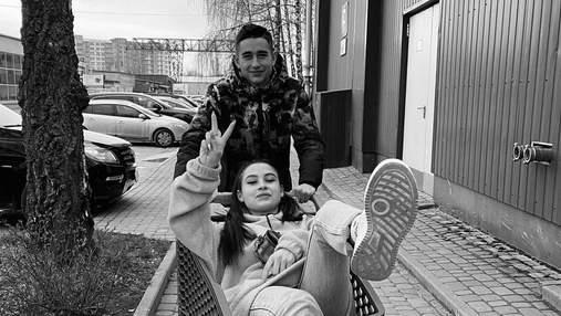 Роман Сасанчин с беременной невестой переезжает из столицы: где будет жить пара