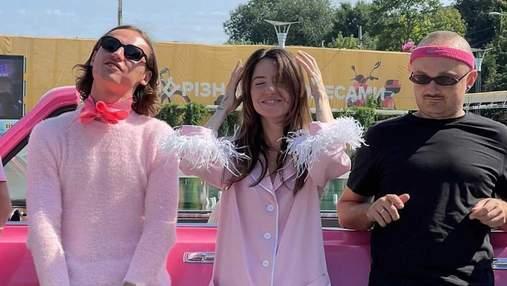 Надя Дорофеева устроила вечеринку в розовом стиле: забавные фото из Одессы