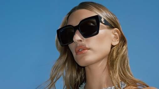 Хейли Бибер снялась в роскошной рекламной съемке для Jimmy Choo: фото и видео