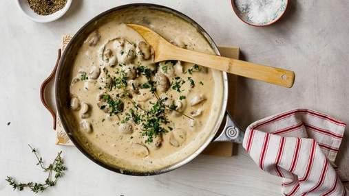 Ніжна підлива з грибів: рецепт осіннього соусу до гречки