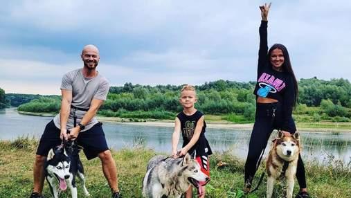Влад Яма с женой и сыном отдыхает у моря: волшебные фото