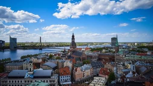 Балтійські країни спростили правила в'їзду для вакцинованих туристів, зокрема українських