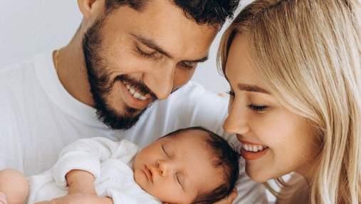 Даша Квіткова та Нікіта Добринін замилували новими фото з сином