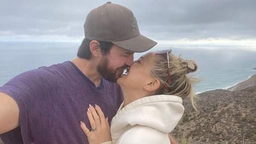Акторка Кейт Гадсон заручилась з бойфрендом: романтичне фото