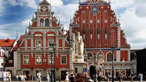 Латвія посилила правила в'їзду для українців: нові умови