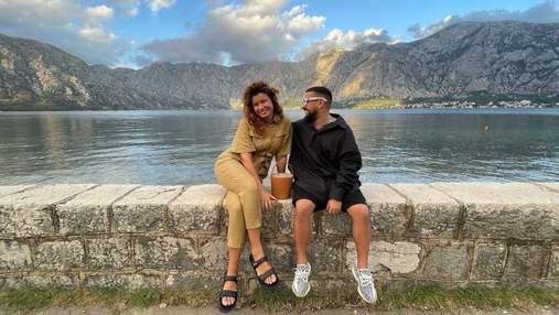 Монатік з дружиною відпочиває в Чорногорії: мальовничі фото