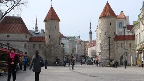 Невакцинированным въезд запрещен: Эстония и Латвия обновили условия для украинцев