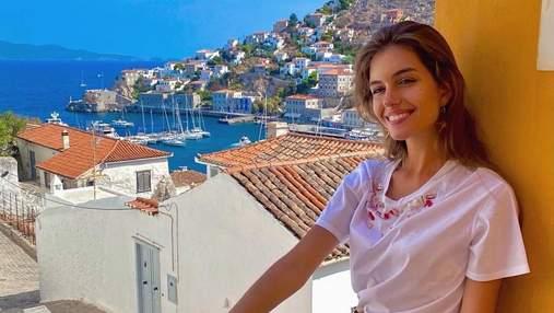 Дружина Дмитра Комарова показала, як відпочила в Греції: ефектні фото