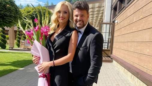 Ирина Федишин с мужем вакцинировались против COVID-19: видео из львовской поликлиники