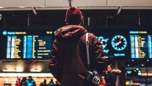 Підбори та шкіряні штани – не найкращий вибір: стюардеса розповіла, як варто одягатися в літак