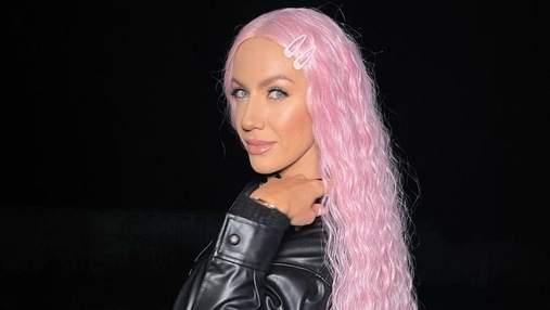 Леся Нікітюк приголомшила фанів зміною іміджу: фото з рожевим волоссям