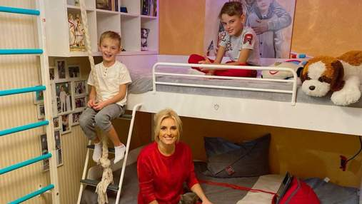 Ірина Федишин показала дитячу кімнату: фото домашнього образу зірки