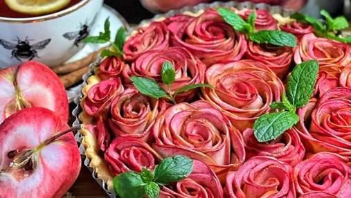 """""""Троянди"""" з яблук на пісочному тісті: неймовірно естетський тарт від Яни Станішевської"""