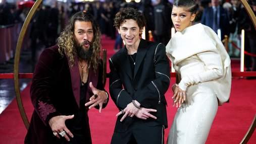 """Зірки """"Дюни"""" вразили шанувальників стилем та веселими танцями у Лондоні на прем'єрі фільму"""