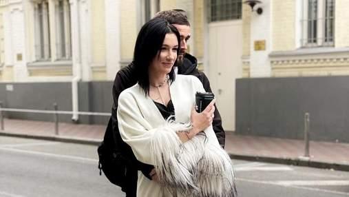 Анастасия Приходько опубликовала редкие фото с мужем, сделанные в центре Киева