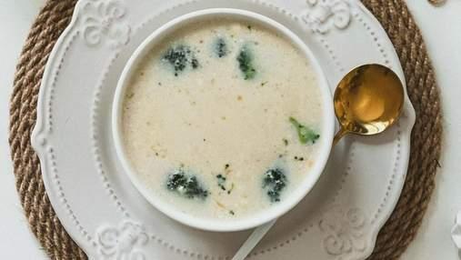Сирний суп із куркою – корисний обід для всієї родини