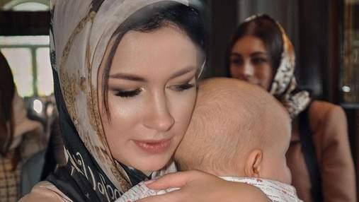 Анастасія Приходько поділилась новими фото з хрестин сина